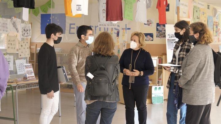 Alovera celebra el Día del Libro con la entrega de los premios del Certamen Colombine y promocionando a escritores locales de forma digital