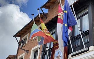 El Ayuntamiento de Alovera decreta el luto oficial por los fallecidos del coronavirus en el municipio con la banderas a media asta