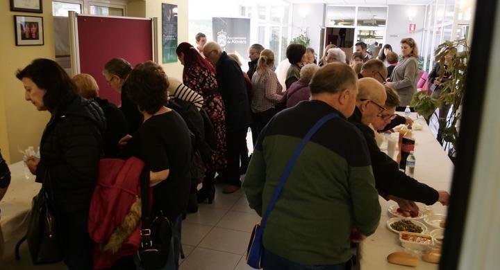 Se ha presentado a los vecinos el nuevo servicio de comida a domicilio para mayores y dependientes en Alovera