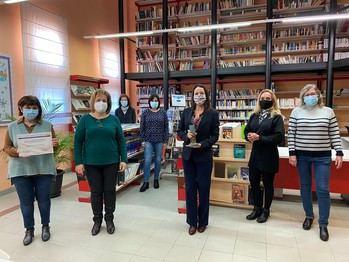 UN APLAUSO : Un nuevo reconocimiento del Ministerio de Cultura y Deporte a la Biblioteca Municipal de Alovera la convierte en la más laureada de España
