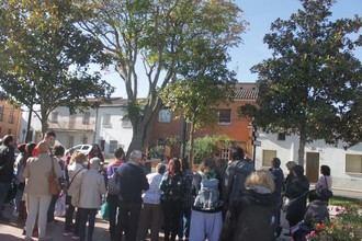 El 4º Andariego de Cabanillas reúne a más de 120 personas paseando entre árboles e historias