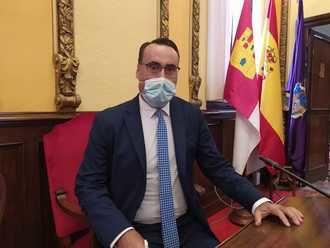 """Antonio De Miguel (VOX): """"El peor momento de la historia de la ciudad está en manos del peor alcalde que ha tenido Guadalajara"""""""