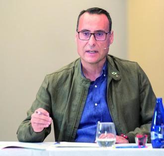 """VOX reclama al socialista Rojo que """"destine el dinero de sus campañas publicitarias de autobombo a mejorar el mantenimiento de los centros educativos y sanitarios de Guadalajara"""""""