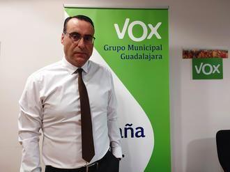 """Antonio de Miguel: """"Con sus decisiones improvisadas, Rojo está llevando a la ruina a miles de guadalajareños por ser cómplice de García-Page"""""""