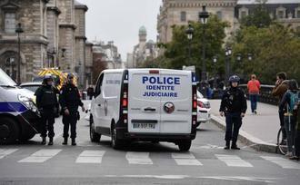 Al menos cinco muertos en el ataque de un funcionario en la Prefectura de Policía de París