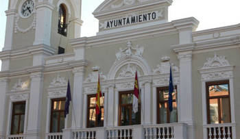 El Ayuntamiento de Guadalajara concede y ordena el pago inmediato de las primeras 436 ayudas para autónomos y pequeñas empresas con un importe global de 426.359,40 euros