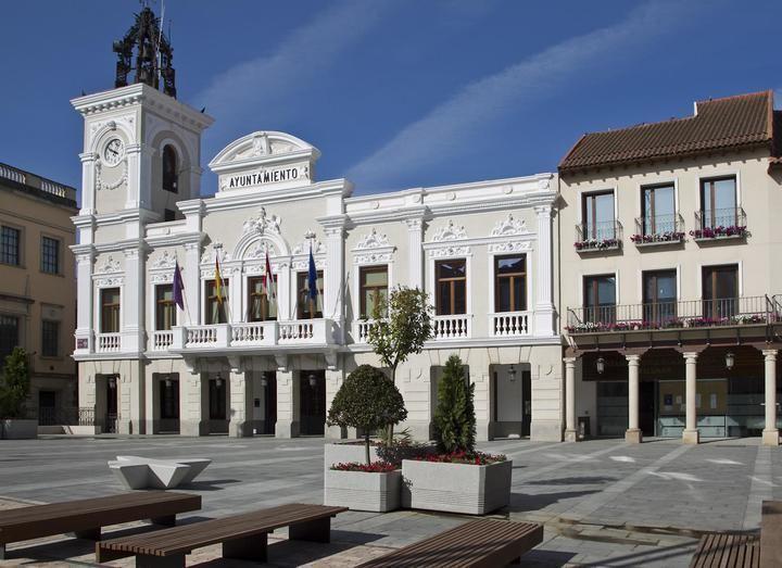 El Ayuntamiento de Guadalajara, Junta y Protección suman esfuerzos con Cruz Roja en la creación de un albergue para personas sin hogar durante la emergencia sanitaria
