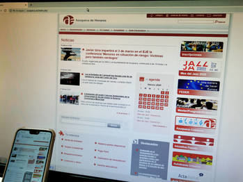 El Ayuntamiento de Azuqueca va a renovar el portal web y a impulsar una aplicación municipal para móviles
