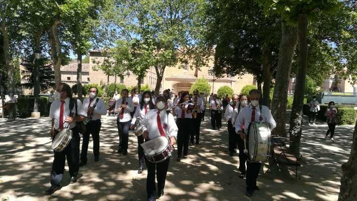La Banda de Sigüenza recibe con música la nueva normalidad