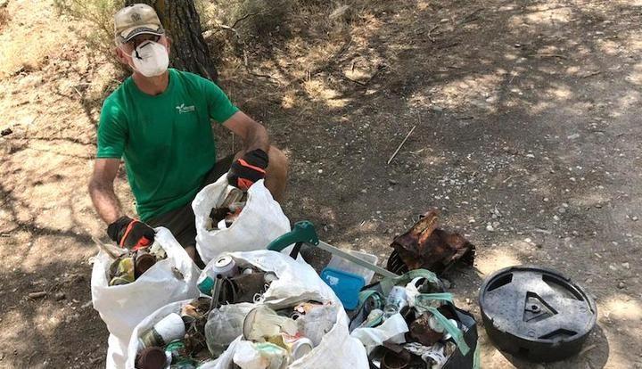 Las patrullas COVID recogen más de 1.530 kilos de basura en áreas naturales de Guadalajara