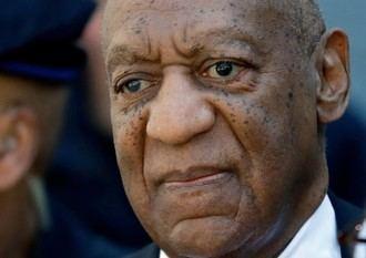 El cómico Bill Cosby abandona la prisión después de que la Justicia ANULARA su condena por agresión sexual