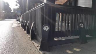 Desde este sábado, la hostelería de Azuqueca puede solicitar las ayudas municipales para la instalación de bolardos en terrazas
