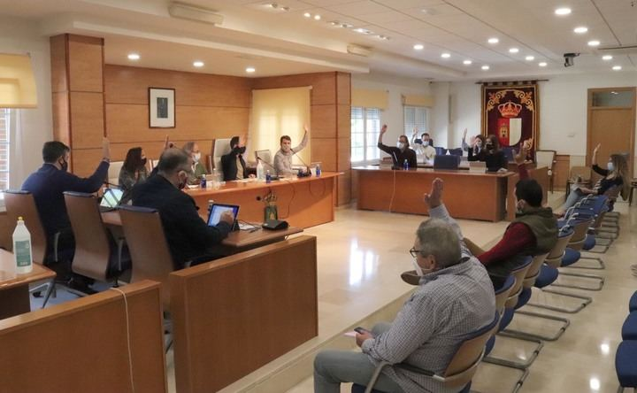El Pleno del Ayuntamiento de Cabanillas aprueba una moción contra la OCUPACIÓN y los allanamientos de viviendas