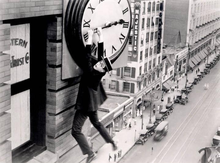 No olvide esta noche cambiar la hora, a las dos de la madrugada, serán las tres y...dormiremos una hora menos