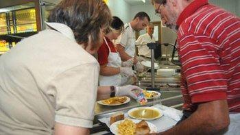 Cáritas Guadalajara quintuplica con esta crisis los menús a familias sin recursos