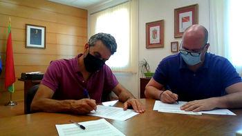 El Ayuntamiento de Yunquera de Henares renueva su convenio con Cáritas Parroquial para la atención de personas en riesgo de exclusión social