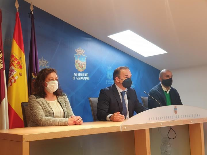 """El PP desvela con datos oficiales """"la nefasta"""" gestión de Rojo en pandemia: """"le sobran más de 4 millones de euros"""""""