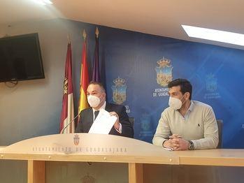 """Carnicero reprocha a Aike que intente ser el """"telonero"""" de Alberto Rojo para tapar """"sus carencias"""""""