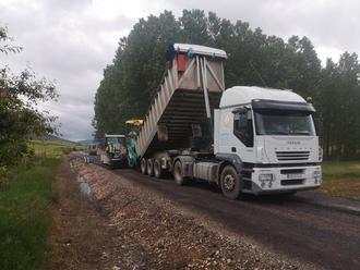 Ya han comenzado las obras para mejorar la carretera que une Riba de Saelices y Huertahernando