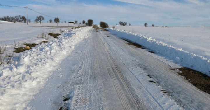El PP pide a la Junta de Page que agilice el arreglo de la carretera Villaescusa-Rada, cada vez más deteriorada e intransitable desde el jueves