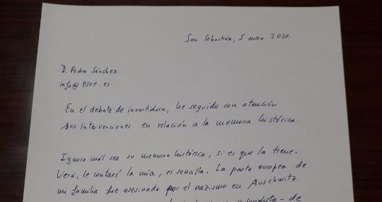 Bildu ataca al Rey y a la democracia y el socialista Pedro Sánchez evita defenderlo