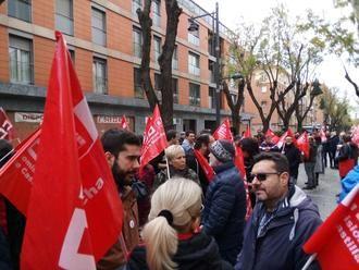 CCOO y UGT se movilizan en Guadalajara contra los despidos