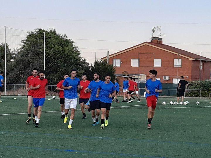 El C.D.Yunquera continúa con los entrenamientos de pretemporada con rival
