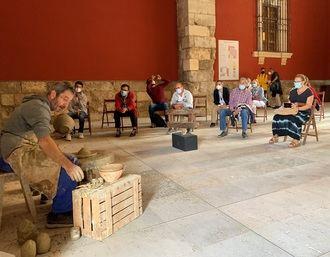 El Museo provincial de Guadalajara acoge la celebración de un taller práctico de arqueología con materiales procedentes del yacimiento de Arriaca