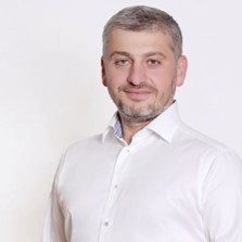 Alexandr Chikovani, un miembro de la mafia rusa, está fugado en España