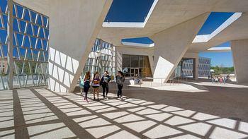 Estudian cerrar el Colegio Alemán de Madrid tras registrar tres casos positivos de coronavirus