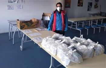 El comedor del colegio público 'Jocelyn Bell' atiende las necesidades de trece alumnos de Yebes y Valdeluz