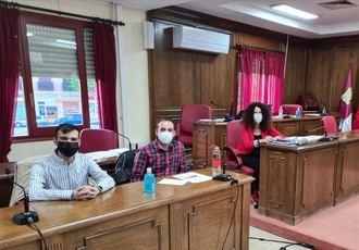El Gobierno municipal rechaza la propuesta de IU de Azuqueca para paliar los estragos de la crisis