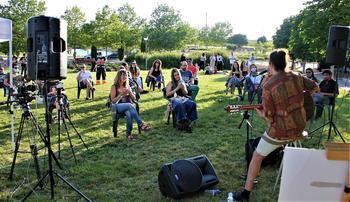 Valdeluz acoge el primer concierto en directo y al aire libre de Castilla-La Mancha en el estado de alarma