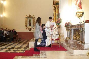 Confirmaciones de monseñor Atilano en Málaga del Fresno