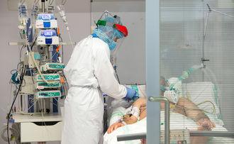 NUEVO RÉCORD DE CONTAGIOS EN CLM : De los 2.841 nuevos casos de coronavirus detectados este viernes, 304 son de Guadalajara que registra UNA nueva defunción por Covid 19