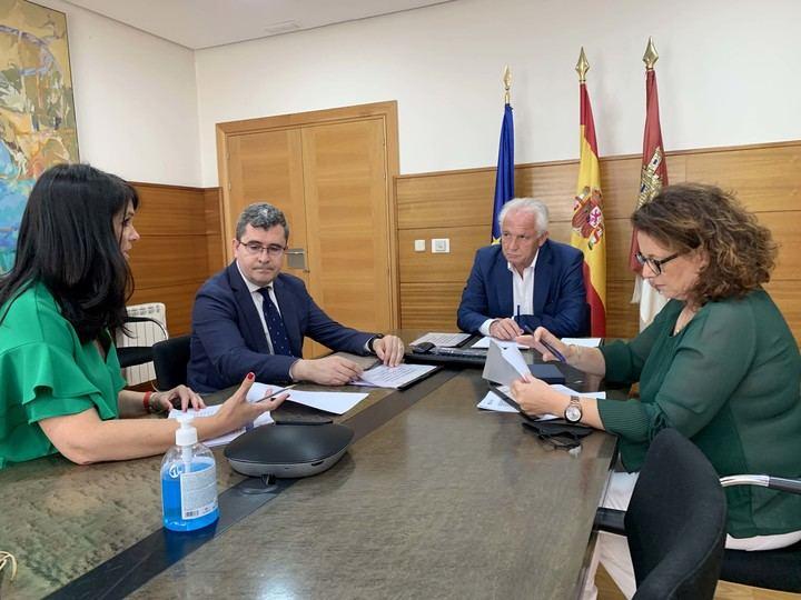El Colegio de Arquitectos de CLM y el Consejo de Secretarios colaboran a nivel regional para luchar contra la despoblación