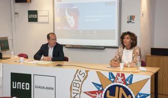Los narradores orales analizan la situación del colectivo en un nuevo curso del Centro Asociado de la UNED en Guadalajara