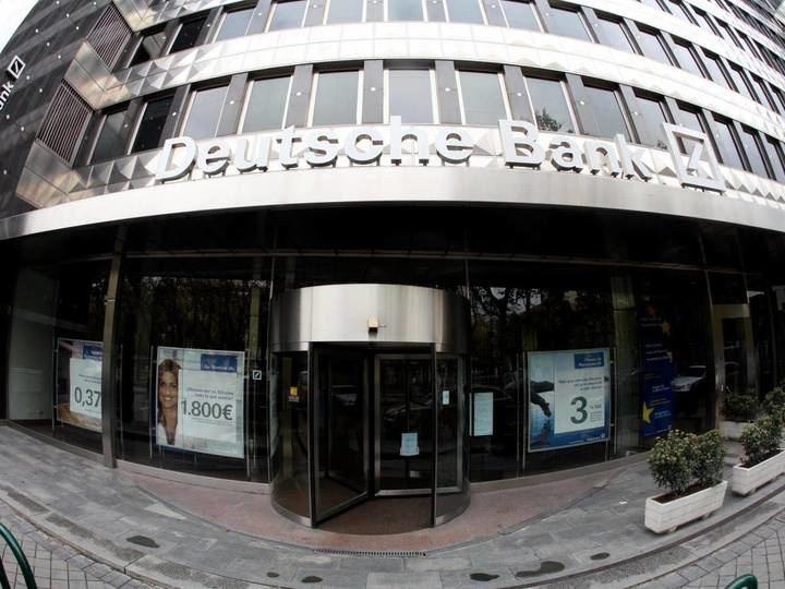 Deutsche Bank realizará este año un ajuste de oficinas y empleados en España