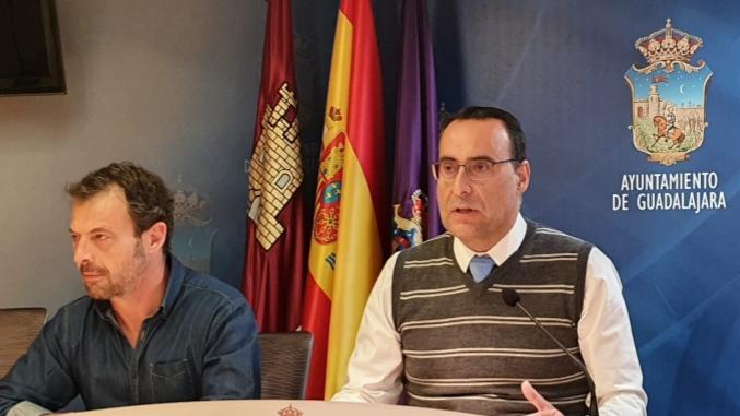 """De Miguel (Vox): """"Rojo ha seguido los pasos de los engaños de Sánchez y Page, y se ha arrodillado ante su nefasta gestión en la crisis del coronavirus"""""""