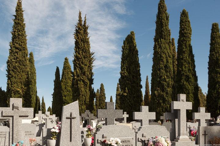 El Ayuntamiento de Guadalajara pone en marcha en el cementerio un dispositivo especial de seguridad y limpieza por la festividad del 1 de noviembre