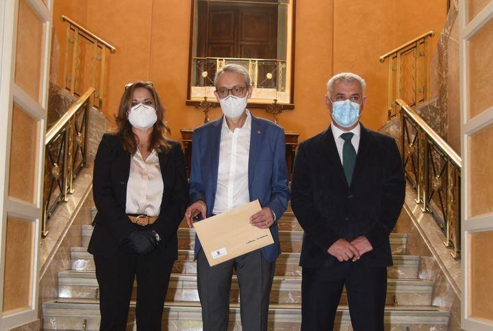 Diputación y Cáritas firman un convenio para atender necesidades básicas en la provincia de Guadalajara