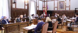 El PP reprocha al PSOE en la Diputación de Guadalajara que prefiera alinearse con Iglesias que con el orden constitucional