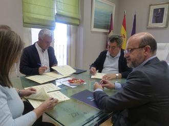 La Diputación de Guadalajara destina más de 36.000 € a fomentar en la provincia la práctica del triatlón, ciclismo de montaña y fútbol
