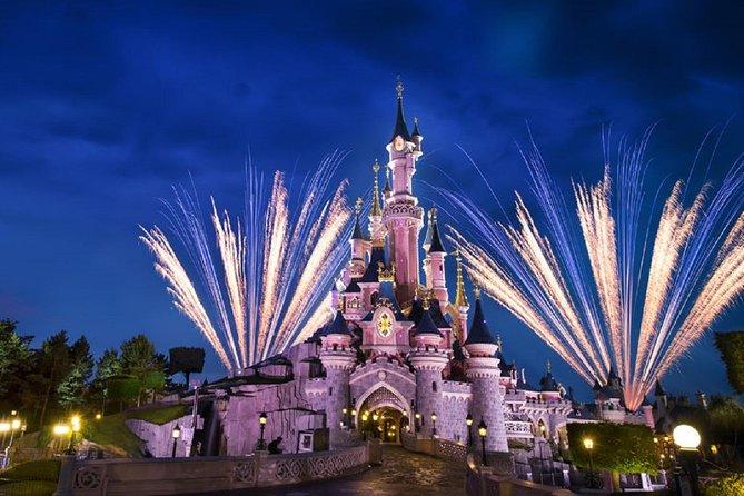 Disneyland París reabre tras siete meses de cierre, el más largo de su historia