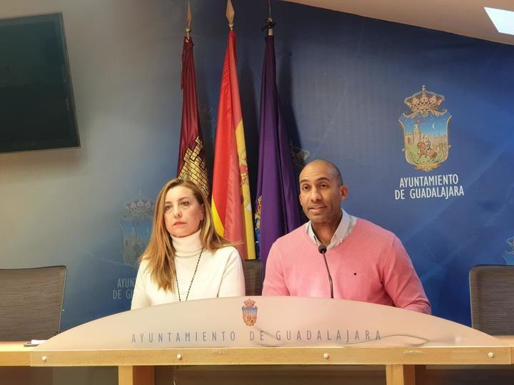 """Alertan del """"giro radical"""" que está dando el alcalde socialista Alberto Rojo en contra 'de nuestras tradiciones'"""