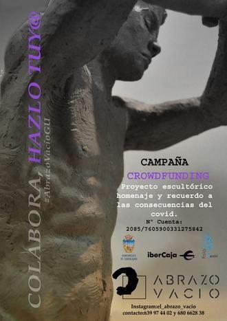 El artista Sergio del Amo esculpe 'El abrazo vacío' en homenaje a la lucha contra la COVID-19, obra que, en parte, se sufragará por crowdfunding