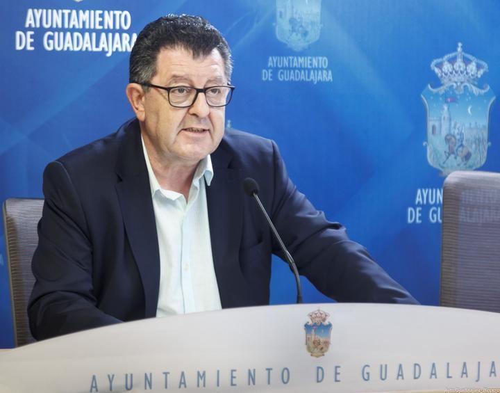 """Olcina: """"Es fácil hablar de pernoctaciones deportivas dejando 800.000 euros sin pagar"""""""