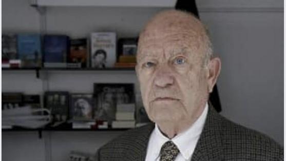 Fallece a los 89 años Emilio Cobos, el librero de muchos guadalajareños
