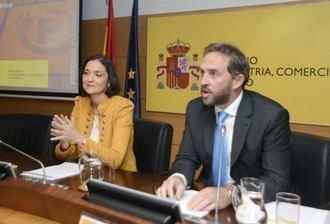 Imputan al secretario de Estado de Turismo por presuntos delitos de prevaricación y malversación de fondos públicos