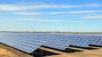 Autorizada la instalación de tres plantas fotovoltaicas en Alcázar de San Juan con una inversión de más de 73 millones de euros